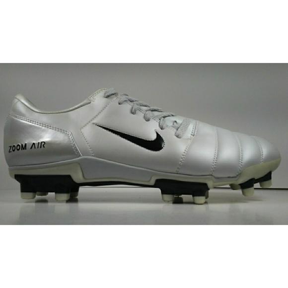 86154dbb59f5 2004 Nike AIR ZOOM 90 lll FG Soccer Cleats